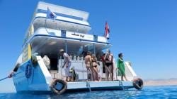 رحلة بحريه الى محمية راس محمد والجزيرة البيضا باليخت